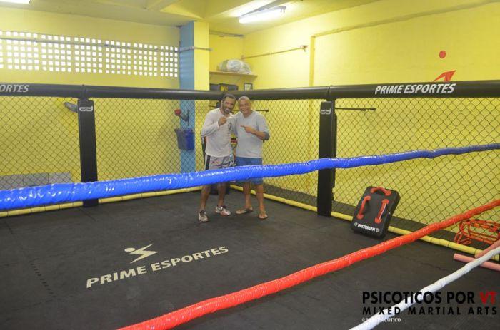 Claudio Coelho junto de Giovanni Diniz atleta que afia seu boxe e também treina no novo espaço