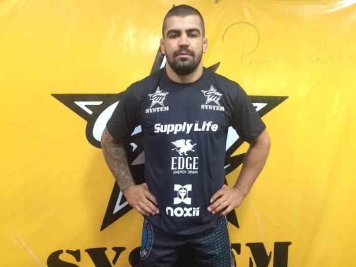 Elizeu Capoeira chega ao UFC com um cartel de 14 vitórias e quatro derrotas