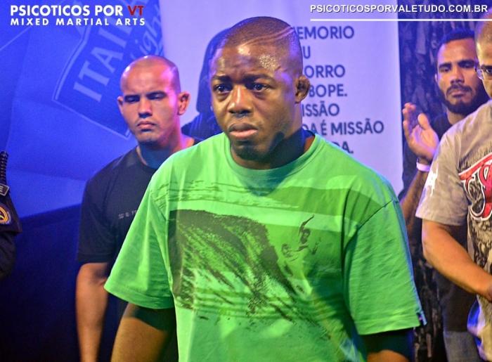 Fernando Bruno em ultimo combate no Brasil no Shooto Bope