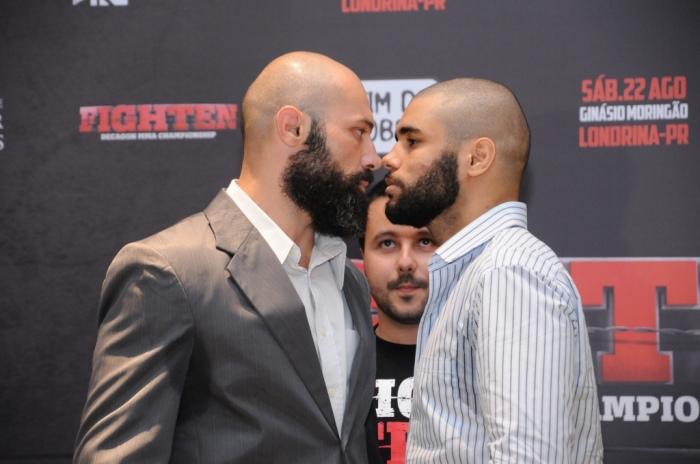 Alessandro Da Lua e Filipe Jesus se encaram na principal luta do Fighten MMA 2 (Divulgação/Fighten MMA)