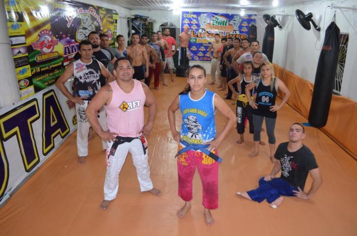 MMA - Gilsely Perêa com a equipe de luta livre da Amazonas Top Team - CT Brunocilla - foto 1 - by Emanuel Mendes Siqueira