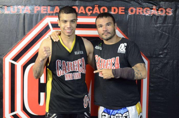 André Borges e seu treinado de MMA Gustavo Careca. Foto: Deive Coutinho