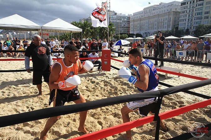 A sétima edição do Circuito levará 16 lutas à praia do Leblon (Pedro Monteiro)