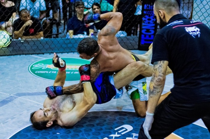 Humberto Norambuena vs Alex Pontes. Foto: Ruiva Fight