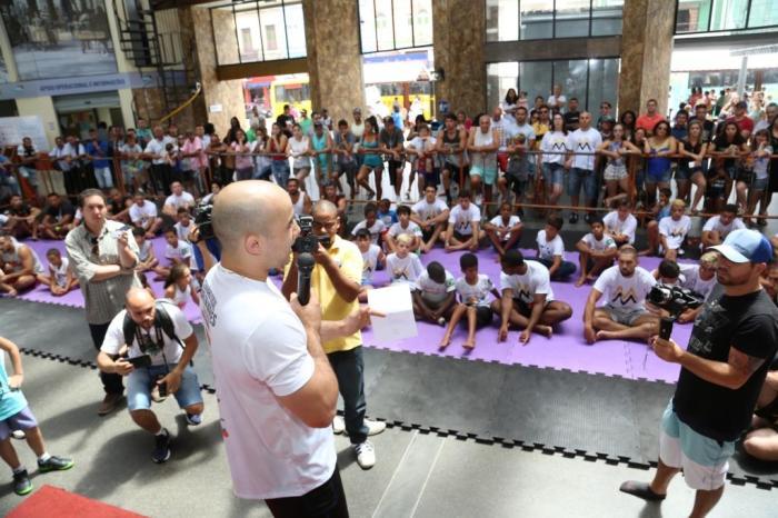 O campeão ministrou uma palestra para os participantes (Foto: Leonardo Velozo)
