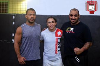 Jessica Andrade com Rafael Rec responsável pelo inicio de seu camping para o próximo UFC