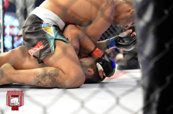 Geraldo de Freitas dominou Zeilton Nenzão durantes os três rounds