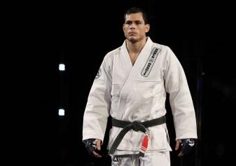 Strikeforce Barnett vs. Kharitonov - Roger Gracie retorna aos tatames após se dedicar ao MMA (Divulgação/Showtime)